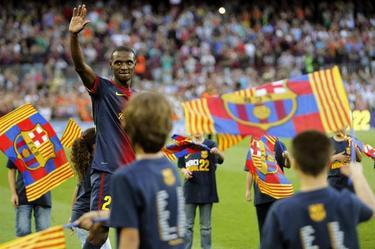 Abidal se despide del Camp Nou. | EFE