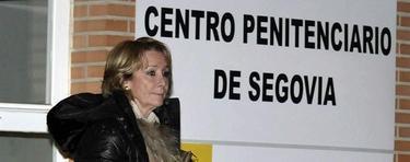 Aguirre, tras salir de la visita a Carromero | EFE