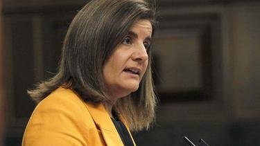 La ministra de Empleo, Fátima Báñez, este jueves. | Efe