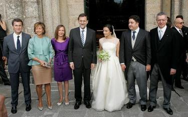 El nuevo matrimonio, junto a Rajoy | EFE