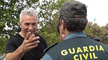 Diego Cañamero conversa con un Guardia Civil | Archivo