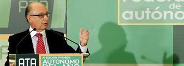 Cristóbal Montoro, en un acto con autónomos | EFE
