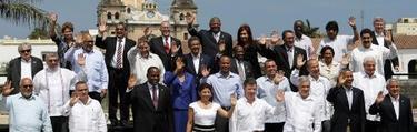 Tradicional foto de familia de los presidentes. | EFE