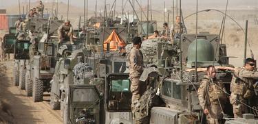 Uno de los convoy de repliegue españoles. | Archivo
