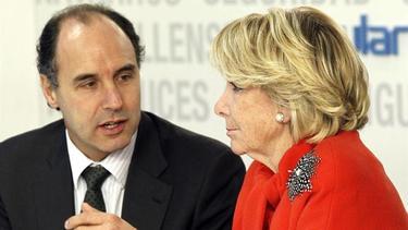 Diego y Aguirre en el Comité Ejecutivo | EFE