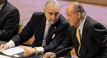 Carlos Dívar y don Juan Carlos | Archivo