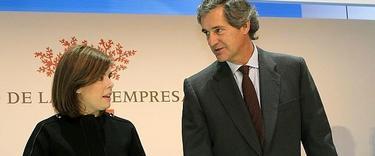 José Manuel Entrecanales, con la vicepresidenta Soraya Sáenz de Santamaría en una imagen de archivo   EFE