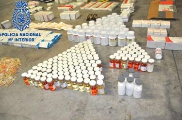 Diez detenidos acusados de falsificación y distribución de medicamentos | Policía Nacional