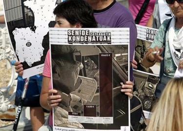 Manifestación proetarra, el pasado 21 de julio, en San Sebastián. | EFE