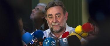 Fernández Sevilla en el momento en que anunció su dimisión | EFE
