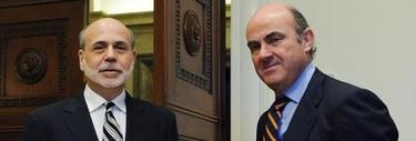 Luis de Guindos y Ben Bernanke en la sede de la FED |Efe