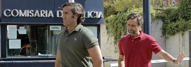 Javier y Álvaro Ruiz-Mateos entrando en la comisaría este miércoles. |EFE