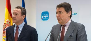 Ignacio González e Íñigo Henríquez de Luna, en la rueda de prensa | LD