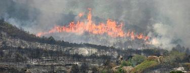 Una imagen del fuego desatado en Rasquera | EFE