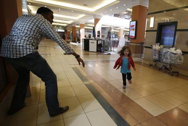 Haji Abdul y la pequeña | Cordon Press