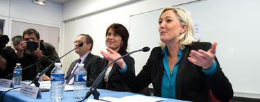 Marine Le Pen en la conferencia Collectif Racine en París | Cordon