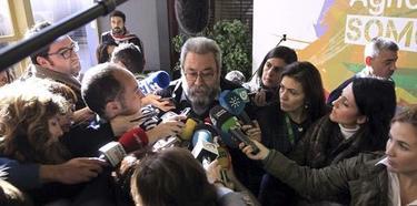 Méndez, atendiendo a los medios | Efe