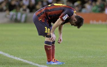 Leo Messi se lesionó ante el Betis. | EFE