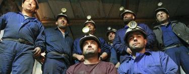 Un grupo de mineros, encerrados en el Pozo Santa Cruz (León) como protesta | EFE