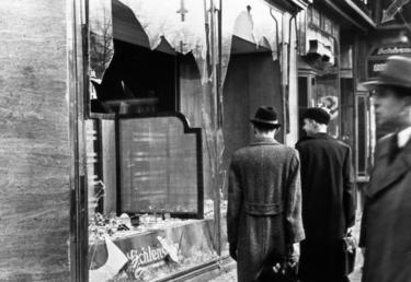 Entre 9 y 10 de noviembre fueron destruidos más de 7000 tiendas judías | Corbis