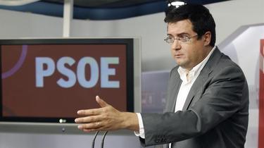 Óscar López dijo este martes que la moción sigue