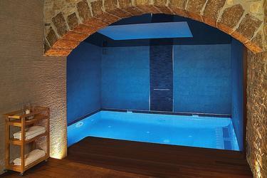 Una piscina interior | Flickr/escapadarural.com