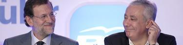 Rajoy y Arenas, este sábado, muy sonrientes   Tarek