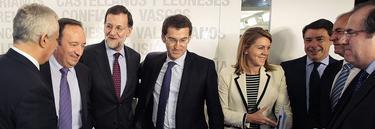 Rajoy, con algunos de sus barones autonómicos | Archivo