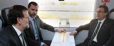 Rajoy, con el Príncipe y Artur Mas | EFE
