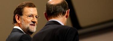 Mariano Rajoy, junto a Alfredo Pérez Rubalcaba en una imagen de archivo | EFE