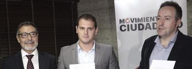 Alber Rivera, junto a Antoni Asunción y Juan Carlos Girauta, en la presentación de Movimiento Ciudadano. | EFE