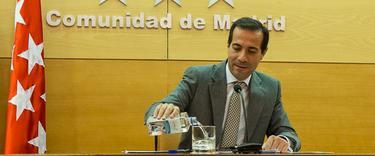 El portavoz de la CAM durante la rueda de prensa   C.Jordá
