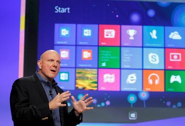 Steve Ballmer durante la presentación de Windows 8 en noviembre de 2012. | Archivo/Cordon Press