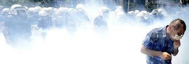 Enfrentamientos entre policías y manifestantes.