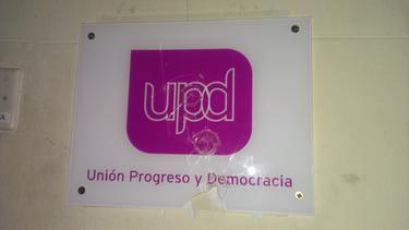 Logo de UPyD atacado.
