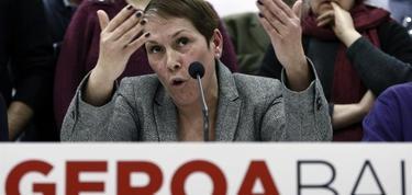Uxue Barkos, durante una rueda de prensa. | EFE
