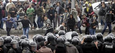 Enfrentamientos durante las votaciones | EFE
