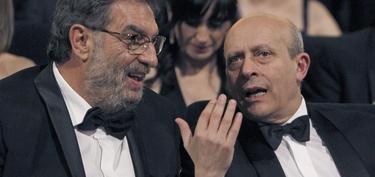 José Ignacio Wert, con González Macho, durante la gala de los Goya | EFE