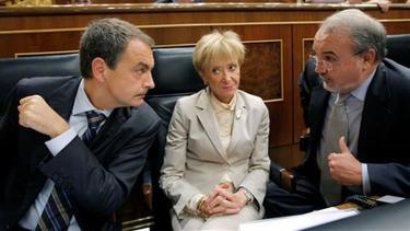 Zapatero y Solbes en el Congreso de los Diputados   Archivo