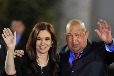 Cristina Fernández de Kirchner y Hugo Chávez en la cumbre de la Comunidad de Estados de América Latina y el Caribe | EFE