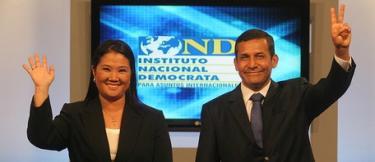 Keiko Fujimori y Ollanta Humala, al final del debate. | Foto: Asociación Civil Transparencia
