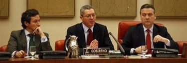 Gallardón, anunciando la reforma judicial. | EFE