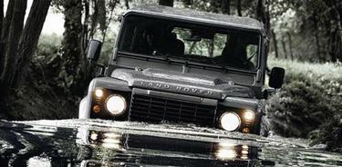 Una imagen del nuevo Defender | Land Rover/Europa Press