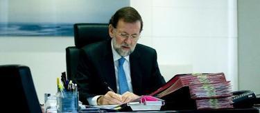 Rajoy, reunido en su despacho de Génova13 | Tarek