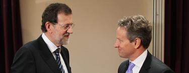 Rajoy con Tim Geithner.   Diego Crespo