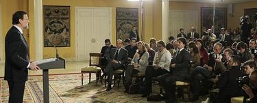 Rajoy, en Moncloa, anunciando sus ministros | PP