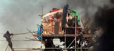 El campamento, durante los disturbios. | EFE
