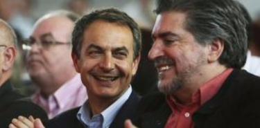 El ex presidente del Gobierno, José Luis Rodríguez Zapatero, con el presidente del PSE, Jesús Eguiguren | Archivo