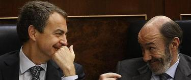 Zapatero y Rubalcaba en el Congreso en una imagen de archivo   Archivo/EFE
