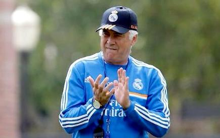 Ancelotti dirige un entrenamiento del Real Madrid en Los Ángeles. | Foto: realmadrid.com
